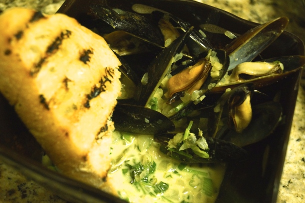 6 - Spicy Steamed Mussels